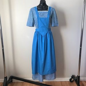 Beautiful floral peasant dress